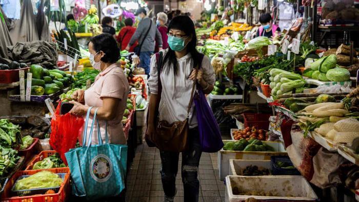 خبرنگاران هنگ کنگ برای مهار کرونا به هر شهروند 1200 دلار یاری می نماید