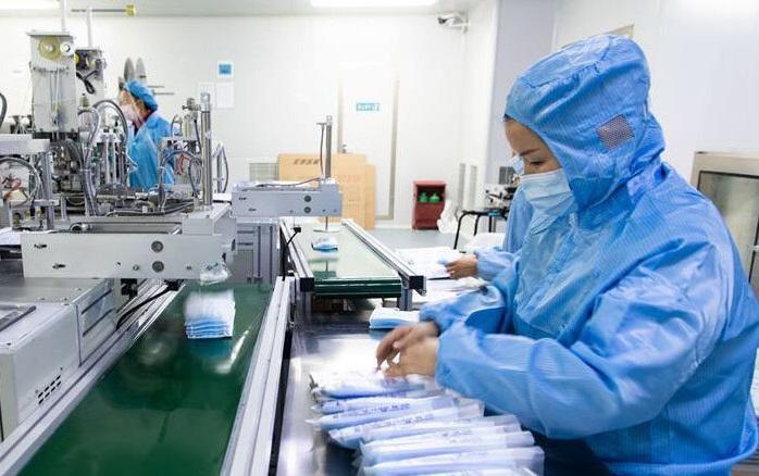 از تولیدات 17 شرکت پارک فناوری پردیس برای مقابله با کرونا تا هیجان انگیزترین شیوه درمان کوررنگی