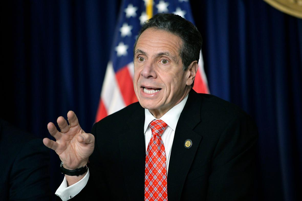 اندرو کومو: قرنطینه نیویورک غیرقانونی است
