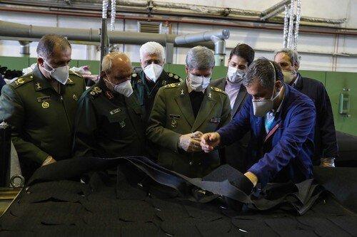 تشریح بعضی اقدامات ضد کرونایی وزارت دفاع در بازدید امیر حاتمی از کارخانجات مربوطه