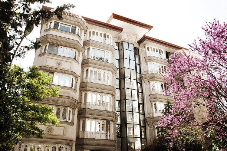 آپارتمان 8 سال ساخت در تهران متری چند؟