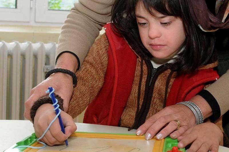 خبرنگاران دانش آموزان نخبه با نیازهای ویژه افتخار ایران هستند