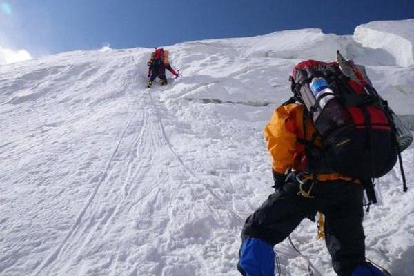 پیکر کوهنورد شیرازی بعد از 85 روز در علم کوه کلاردشت پیدا شد