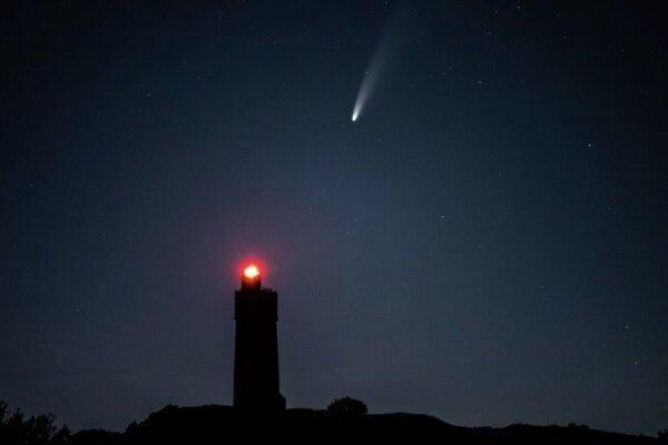 ماهواره های استارلینک عکس ستاره دنباله دار را خراب کردند