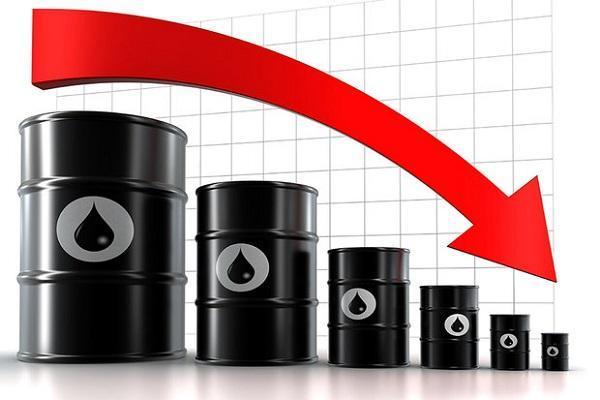 قیمت نفت 4 درصد سقوط کرد