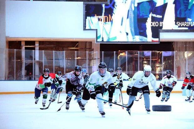 اولین تست انتخابی تیم ملی اسکیت هاکی روی یخ بانوان برگزار گشت