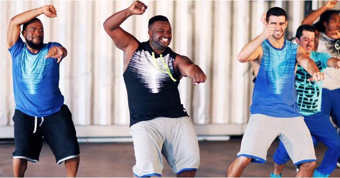 آموزش پایکوبی زومبا در خانه و آشنایی با فواید آن در تناسب اندام و لاغری