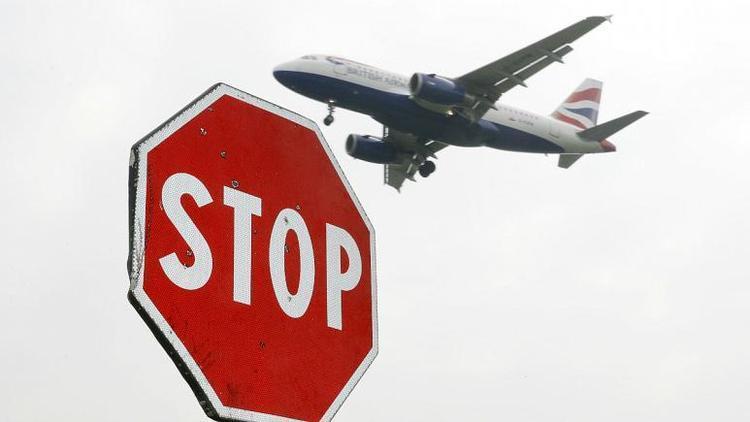 هلند، بلژیک و ایتالیا پروازهای مسافری انگلیس را متوقف کردند
