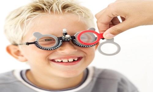 آیا آستیگمات چشم کودک قابل درمان است ؟