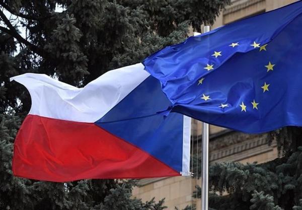 اخراج 63 دیپلمات دیگر روسیه از جمهوری چک و هشدار مسکو درباره عواقب آن