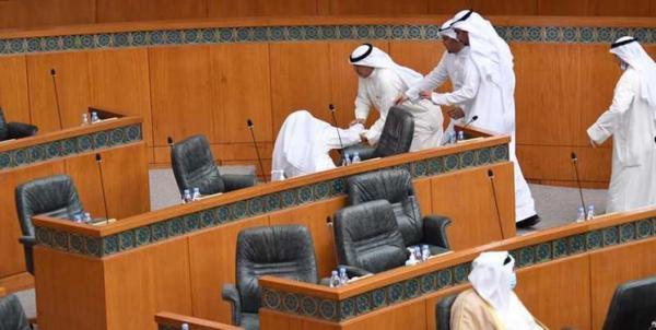 درگیری نمایندگان مجلس کویت بر سر بودجه