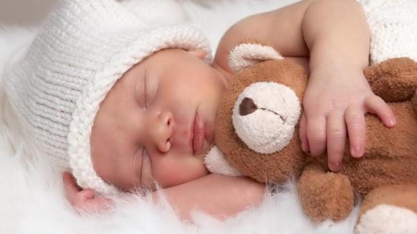 مقاله: شیرخشت برای نوزاد؛ مزایا و عوارض آن چیست؟