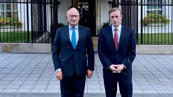 تور فرانسه ارزان: ملاقات مشاور امنیت ملی آمریکا با سفیر فرانسه