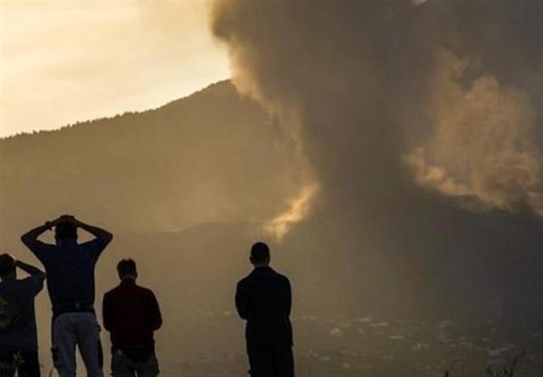 غرش و فعالیت مجدد آتشفشان لاپالمای اسپانیا
